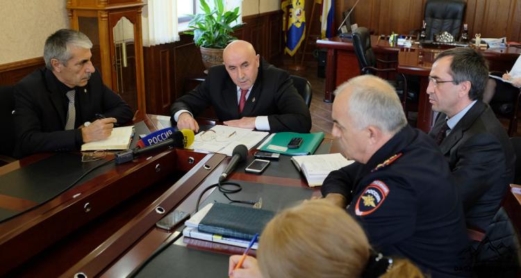 МВД Дагестана отказывается исполнять решение о восстановлении гражданства фото
