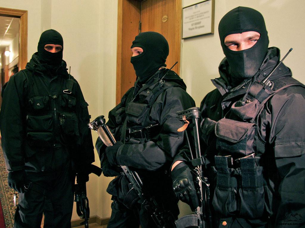 Правоохранительные органы похитили и запугали жителя Дагестана фото
